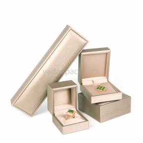 China Hot-selling Custom size/logo/color wholesale leatherette fine jewelry packaging ring/pendant/bracelet boxes factory