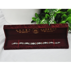 China Jewelry Display Stand Jewelry Packaging Box Bracelet Chain Box Jewelry Packaging Display box fpr Necklace factory