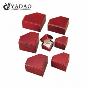 China Jewelry Pack Box Glossy wooden box, elegant wooden box for jewelry lacquer wooden box Wholesalers factory