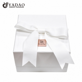 China Jewelry boxes handmade white paper jewelry cases ribbon box factory