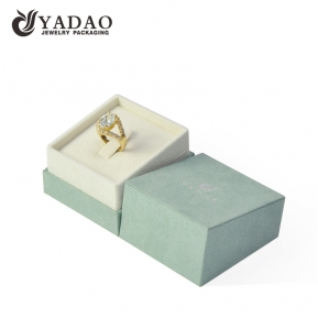 China Jewelry display green color ring box cutsomize with luxury ring box packaging factory