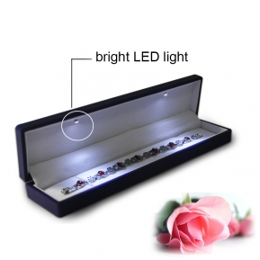 China LED bright light jewelry box for necklace good quality necklace box factory