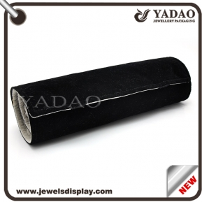 China Most popular velvet jewelry roll for ring necklace bangle etc. made in China factory