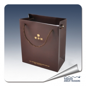 China New design jewelry shopping bag paper bag for jewelry is very good quality made in China factory