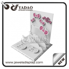China OEM/ODM Hello Kitty style jewelry display set suitable for exhibiting women's jewelry and girl's jewelry. factory