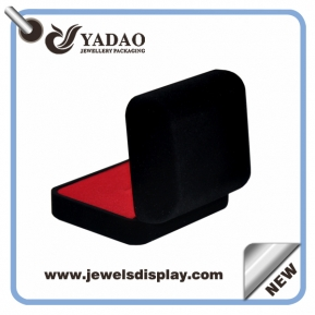 China Professional  custom jewelry gift boxes  black color hot stamping logo with velvet red insert package case factory