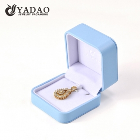 China Round corner plastic jewelry box pendant packaging box wrapped by pu leather pendant box factory