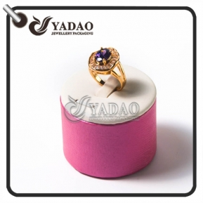 China Round pink ring display stand with a cilp for exhibiting diamond ring gem ring and wedding ring made in China with good quality. factory