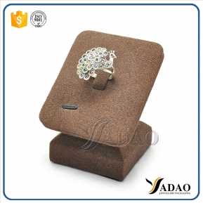 China Special design, cute, good experience in the MOQ with mdf handmade microfiber ring display stands factory