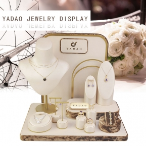 China Yadao Custom Free Logo Printing White Luxurious Jewelry Display factory