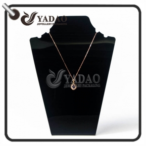 China Yadao OEM/ODM resin necklace bust with customized size and logo suitable for pendant display in showcase. factory