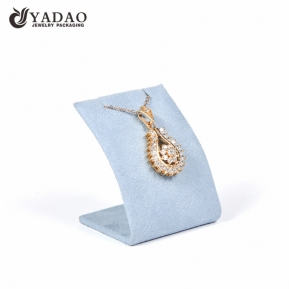 China Yadao wholesale pendant stand microfiber jewelry display holder with magnet factory