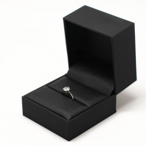 China black classic elegant leather jewelry box for ring/pendant/necklace/bracelet/bangle factory