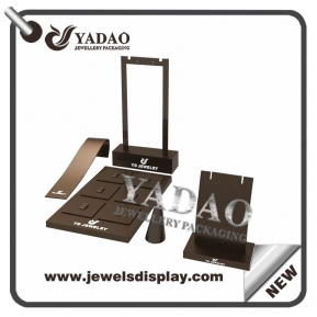 China customize color acrylic jewelry display stands display ring earring pendant bracelet jewelry displays acrylic factory