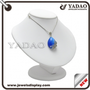 China elegant jewelry display bust necklace display bust factory