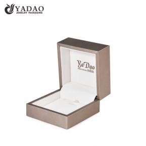China fancy pendant box plastic jewelry box for pendant packaging thicker frame with imprint logo  factory