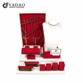 China fashion quality jewelry display set  for jewelry showcase window with comstomized logo size color factory