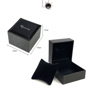 China generous classic black color wholesale fine quality affordable price pillow watch box for wholesale factory