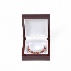 China glossy lacquer painting wooden jewelry packaging box wooden bracelet box C holder bracelet packaging factory