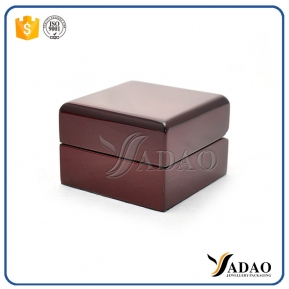 China glossy lacquer wooden box with high quality for jewelry packaging from China factory