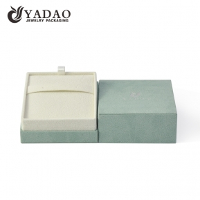 China high end paper jewelry box cardboard packaging pendant box earring box suede cover  factory