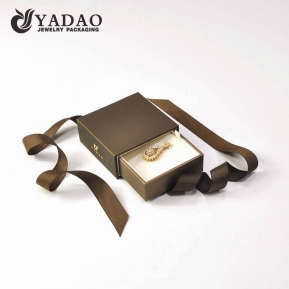 China jewelry pendant box woth ribbon and gold logo for customized design factory