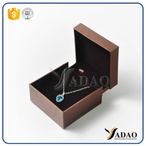 China new arrival good quality special well-matched plastic leather velvet pendant watch box with moq wholesale factory