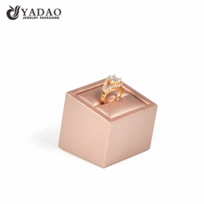China rose gold ring display holder stand factory