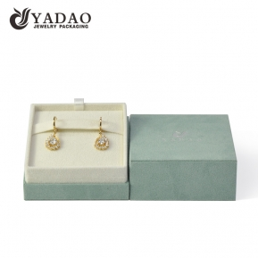 China whosale suede jewelry box for jewelry packaginng with pretty color and logo factory