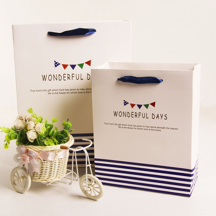 recycled custom design paper shopping bags with logo printed